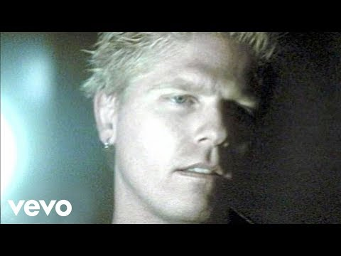The Offspring – Gone Away (Official Music Video)